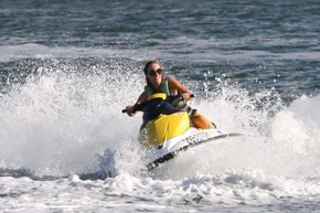 Extreme Jet ski Hire - Winery Find